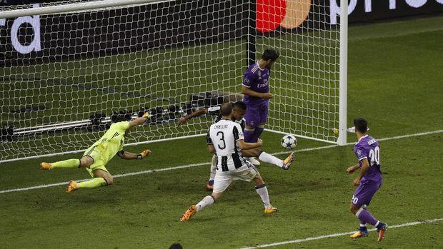 Di babak kedua Juventus kebobolan tiga gol. Terakhir melalui Marco Asensio.