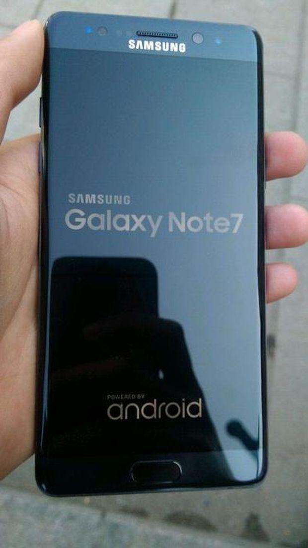 Tampang Asli Galaxy Note 7R yang Mewah