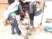 Proses bedah motor RX King milik Hermanto