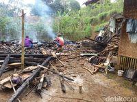 Kompaknya Warga Ibun Bandung Bangun Rumah untuk Korban Kebakaran