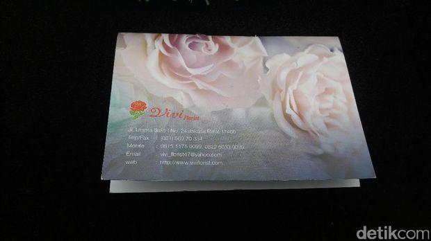 Pengirim karangan bunga atas nama Ahok untuk Jupe.