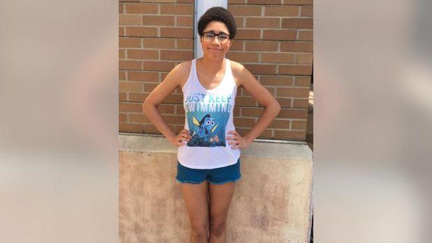 kisah wanita yang diusir dari mal karena pakai tank top