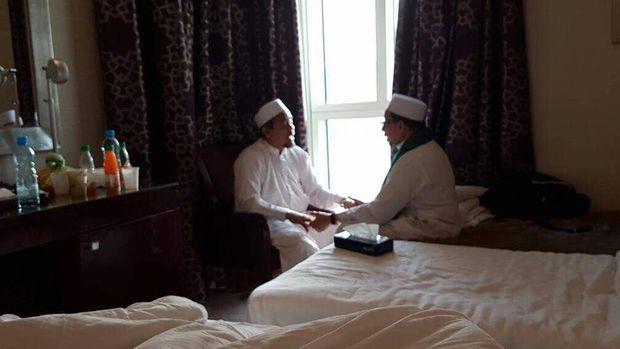 Habib Rizieq Juga Bertemu Petinggi PKS di Mekkah