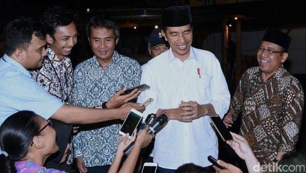 itle Presiden Jokowi kunjungan kerja di Semarang, Jawa Tengah.