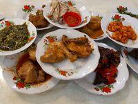 Sabana Nasi Kapau: Lamak Nian! Gulai Tambusu dan Dendeng Renyah untuk Buka Puasa