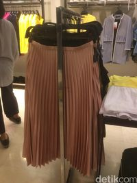 Zara Diskon Hingga 70%, Kaus Mulai dari Rp 99 Ribu
