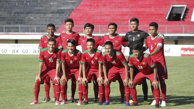 Timnas Indonesia U-19 harus meningkatkan intensitas serangan di babak kedua.