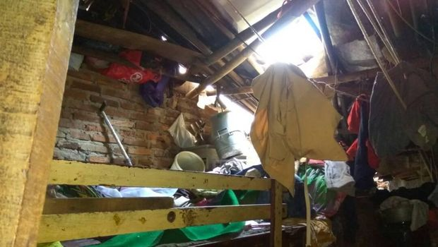 Polres Jakpus Bedah Rumah Nenek Tukini