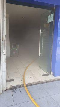 Korsleting, Sebuah Bank di Pasar Puri Indah Kembangan Terbakar