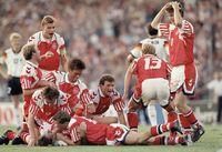 Denmark mengalahkan Jerman di final Piala Eropa 1992.