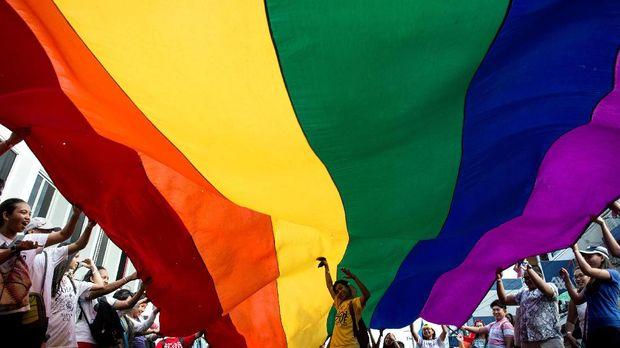 Warga Jerman Bersuka Ria Sambut Legalisasi Pernikahan Gay