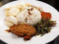 Atjeh Connection: Menikmati Nasi Gurih hingga Kue Adee khas Aceh di Kawasan Sabang