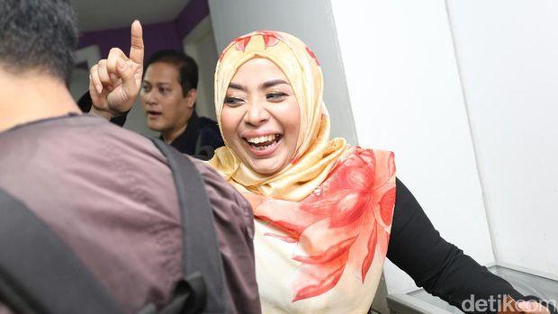 Masih Soal Pernikahan Kilat Muzdhalifah, Andhika Mahesa Bikin Jijik