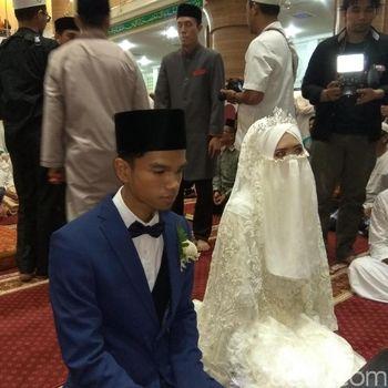 Pernikahan Muzammil Hasballah dan Sonia