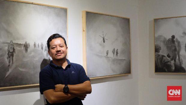 Lambok Hutabarat hobi bicara soal perang, termasuk dalam karya seninya.