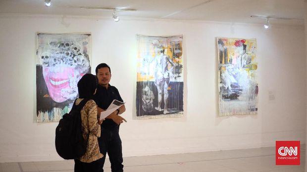 Karya seni Doddy Hilman bicara soal mitos.