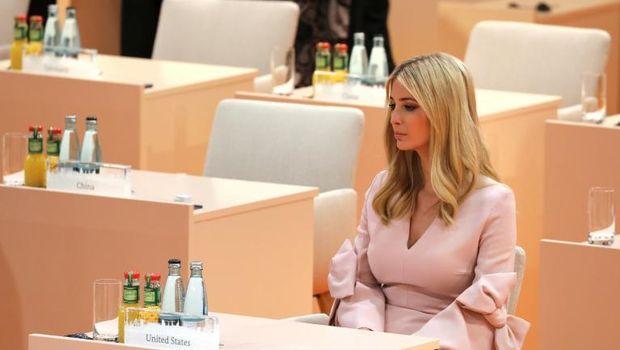 Ivanka Trump duduk di kursi ayahnya di KTT G20.