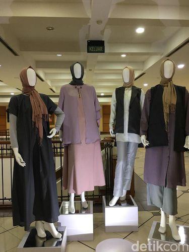 Elhijab Kembali <i>Go International</i>, Pamer Karya di Indonesian Weekend London