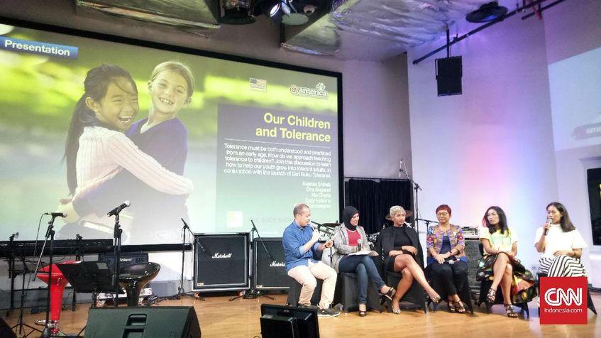 Diskusi tentang toleransi pada anak.