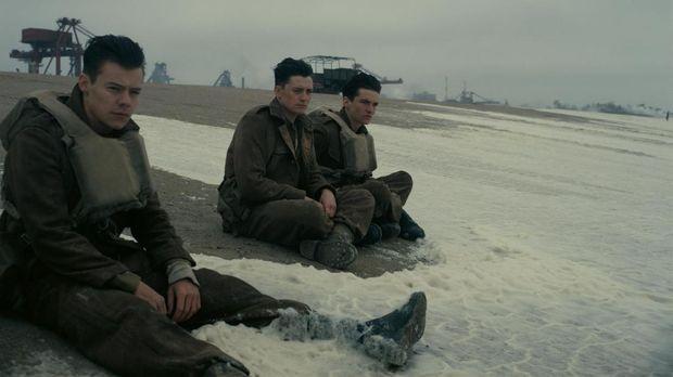 'Dunkirk' yang juga dibintangi oleh Harry Styles itu sukses menguasai box office di pekan pertamanya.