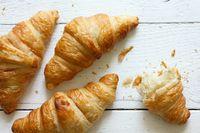 Renyah Gurih <i>Croissant</i> Aneka Isian yang Populer untuk Menu <i>Brunch</i>