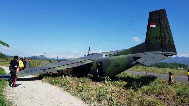 Pesawat TNI AD Tergelincir di Bandung, Tak Ada Korban Jiwa