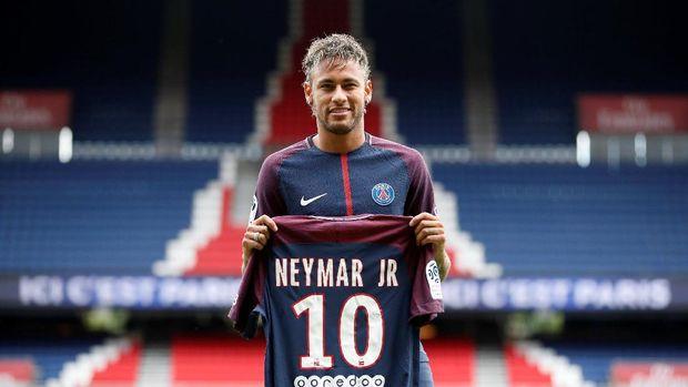 PSG membuat Neymar menjadi pesepakbola termahal di dunia.