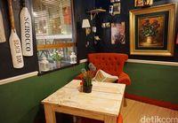 Interior bagian dalam Noi Pizza.