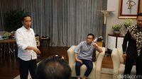 Soal Keakraban Gibran-AHY, Jokowi: Biar Anak-anak Aja