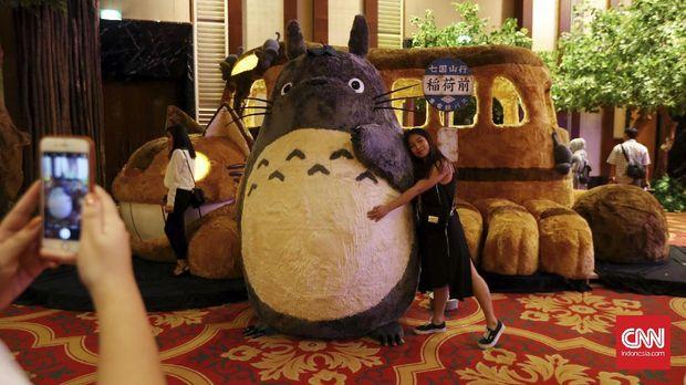 Totoro dan karakter-karakter Ghibli lainnya akan lebih dekat dengan Indonesia.