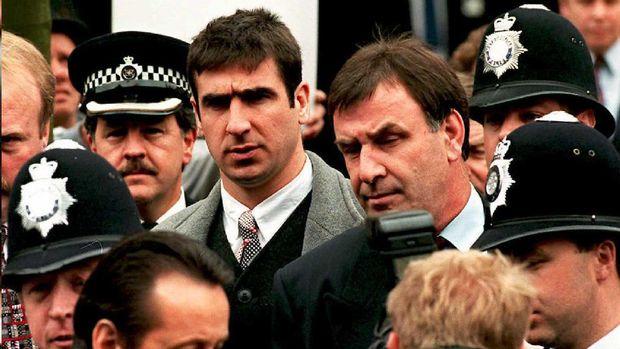 Eric Cantona sempat menghadapi tuntutan dua minggu penjara meskipun akhirnya ia terbebas dari tuntutan tersebut.