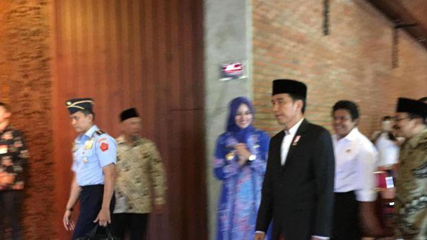 Presiden Jokowi akan meresmikan masjid di pondok pesantren Nurul Islam KH Muhyiddin. Foto: Ray Jordan/detikcom
