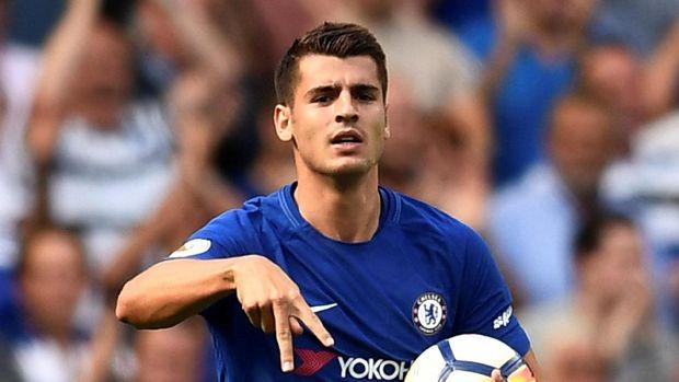 Alvaro Morata mencetak gol bagi Chelsea sekaligus memperkecil kedudukan 1-3 dari Burnley.