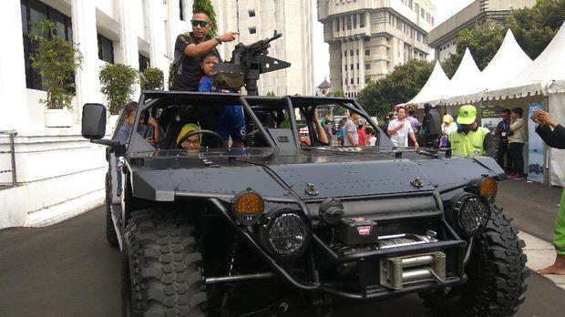 Kendaraan tempur TNI di pameran alutisista Kemenhan