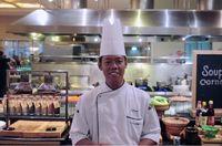 Chef Subagyo, Jr Sous Chef dari Pearl Chinese Restaurant JW Marriott Hotel Jakarta.