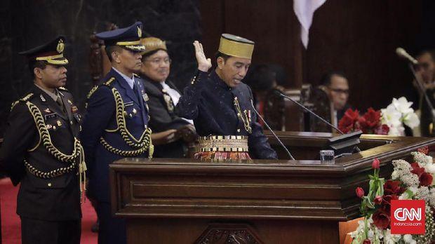 Mengenal Kombes Jhonny, Ajudan Jokowi Asal Papua