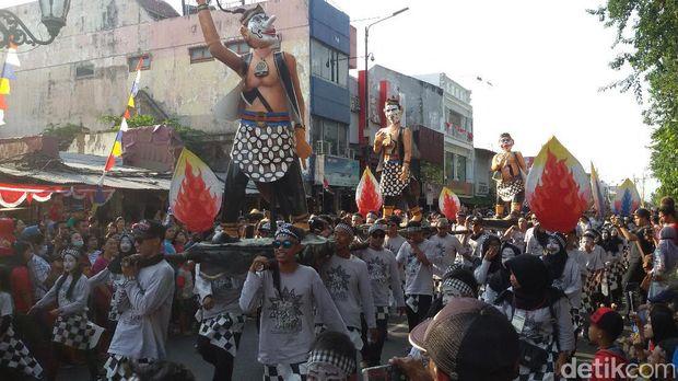 Pawai Pembangunan di Jalan Malioboro Yogyakarta.
