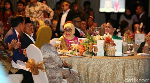 Jokowi Sebut JK Sosok yang Tak Pernah Marah dan Humoris