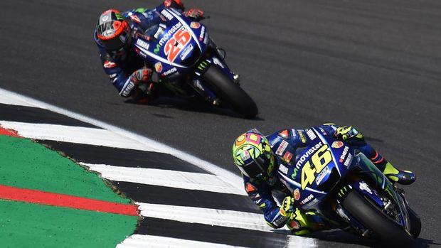 Duo Yamaha tampil menggila di balapan.