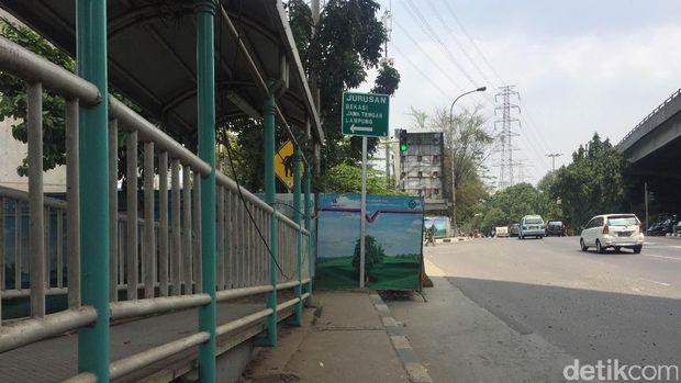 Rambu lalu lintas yang membingungkan