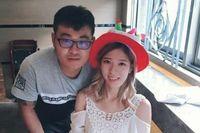 Mengharukan! Pria Taiwan Ini Bertunangan di Pemakaman Kekasihnya