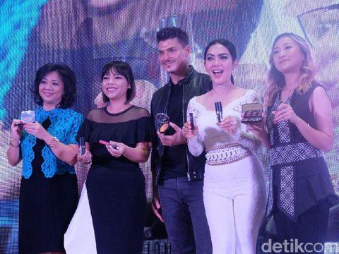 Datang ke Jakarta, Makeup Artist Langganan Kim Kardashian Akan Rias Syahrini