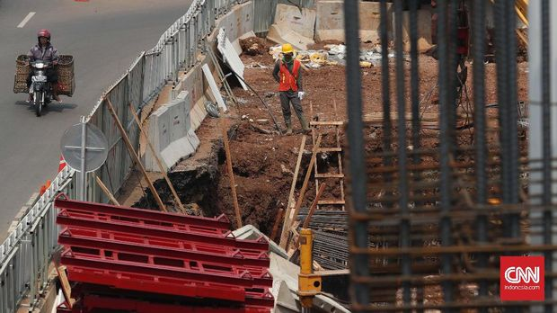 KAI dan Adhi Karya saat ini tengah menyelesaikan proyek LRT Jabodebek.