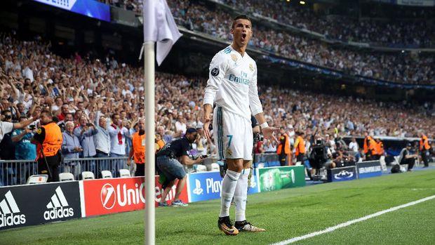 Cristiano Ronaldo sudah meraih dua gelar bersama Real Madrid di awal musim 2017/2018.