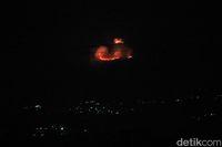 Kawasan Gunung Selasih Bandung Terbakar