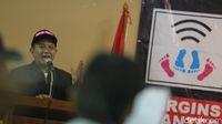 Aris Wahyudi saat peluncuran Partai Ponsel /