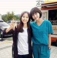 Main Drama Korea 'Hospital Ship', Wanita Indonesia Ini Bikin Iri Netizen