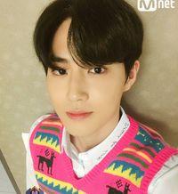 3 Trik Dapat Foto Selfie Terbaik Dari Suho EXO Berita Liputan