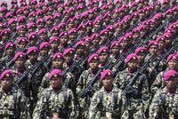 Tentara Nasional Indonesia (TNI) merayakan ulang tahun pada hari ini.