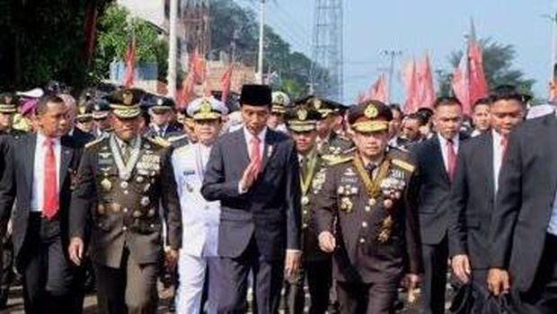 AFP Kaitkan Kemacetan yang Membuat Jokowi Jalan Kaki ke HUT TNI dengan Istilah Graft-ridden